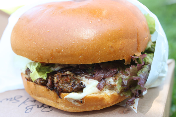 Bitchin Burgers Food Truck Black n' Blue Burger