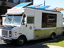 Piaggio Food Truck on Piaggio Gourmet On Wheels Food Truck   Orange County  California
