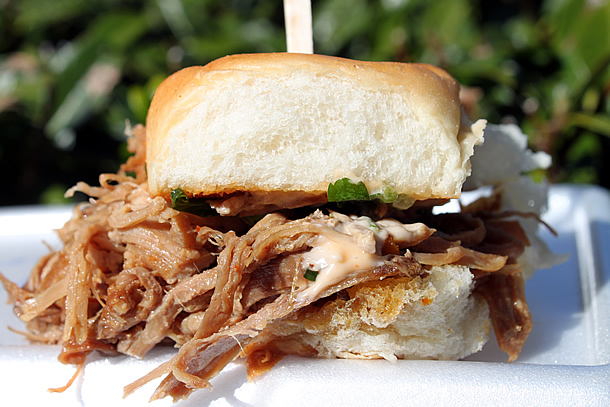 Piaggio Gourmet on Wheels Pulled Pork Slider