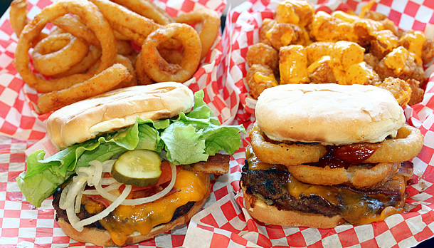 Teddy's Bigger Burgers Honolulu Hawaii in Waikiki